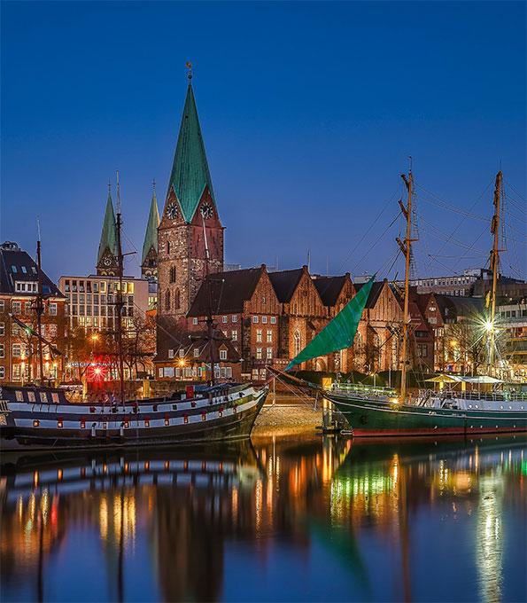 Titelfoto des KiBa-Kirchenkalender 2021: St. Martini Bremen