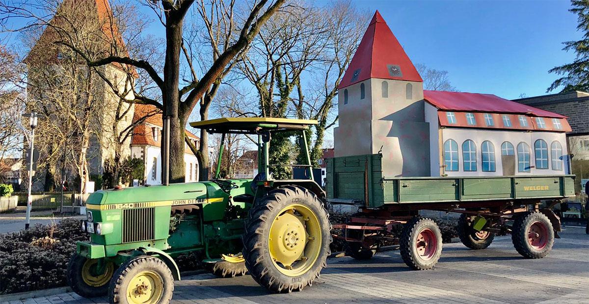 St. Jakobi Hannover-Kirchrode mit dem Trecker unterwegs