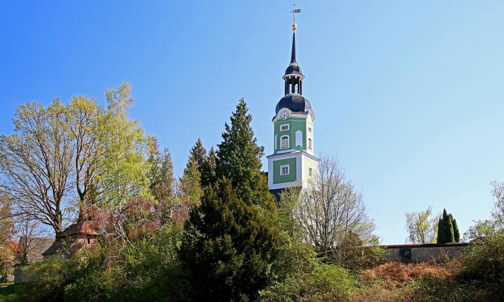 M%C3%A4rz%20-%20Dorfkirche%20Elbisbach